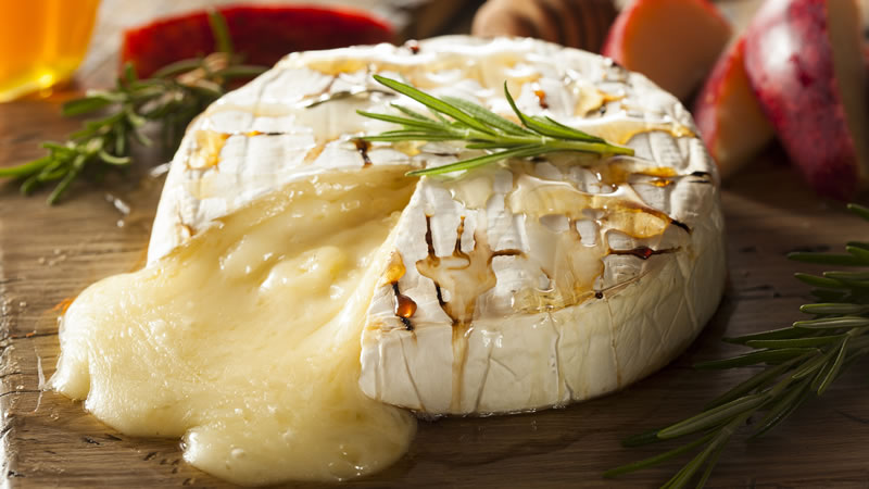 Baked Camembert with Crudites