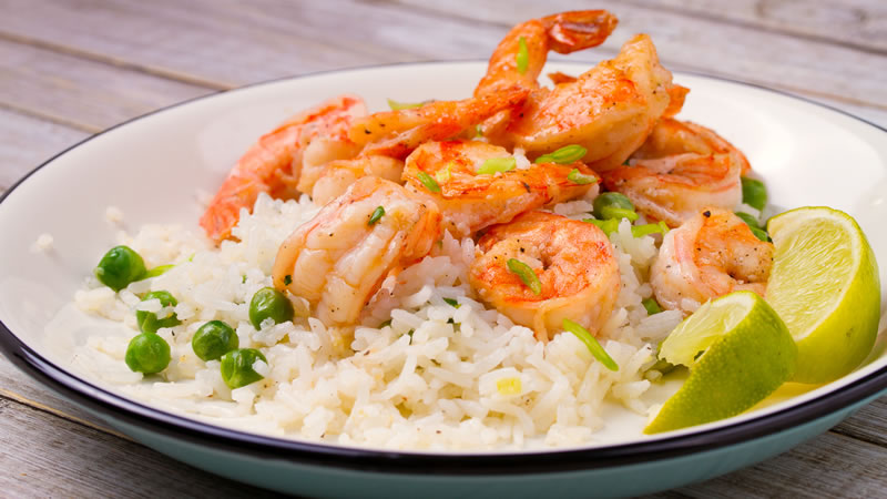 Speedy Spanish Rice with Prawns